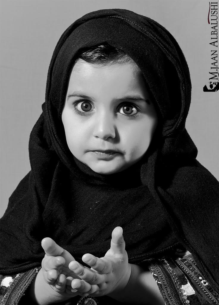 صور صور اطفال يدعون , بيبيهات زغننين حلوين اووي رافعين ايديهم لربنا