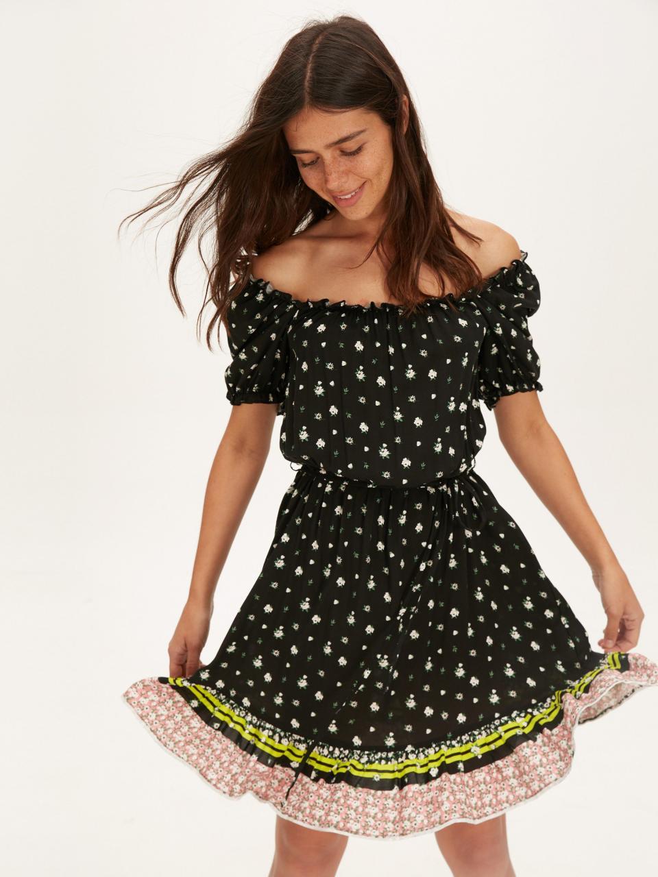 صورة الفستان الاسود في الحلم , تالقي في حلمك