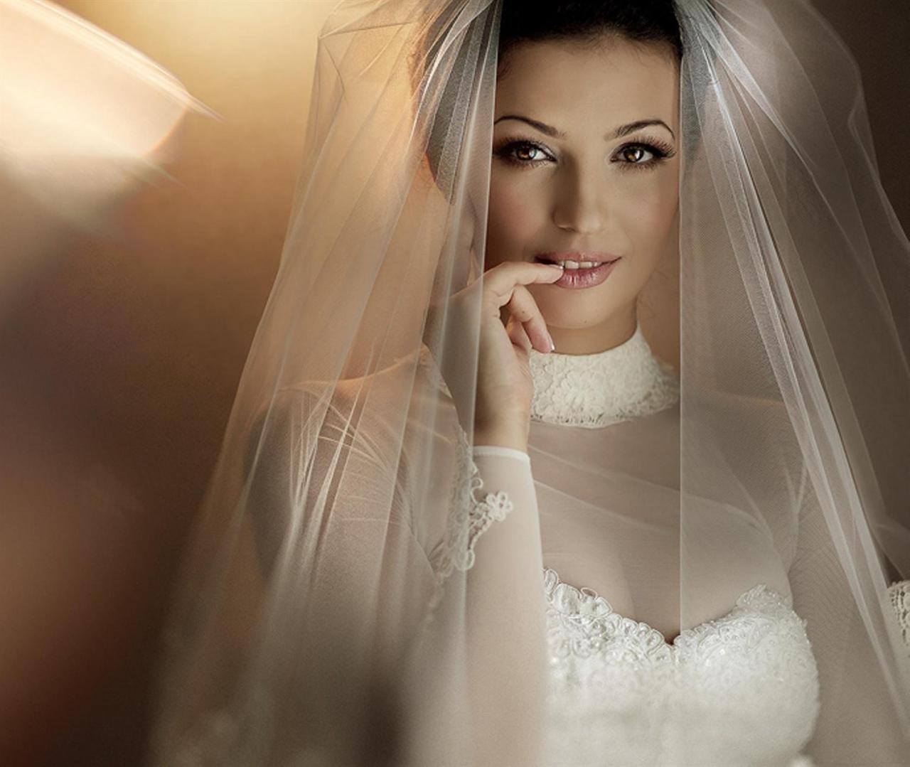صورة تفسير حلم الفستان الملون , حتي الازياء في الاحلام