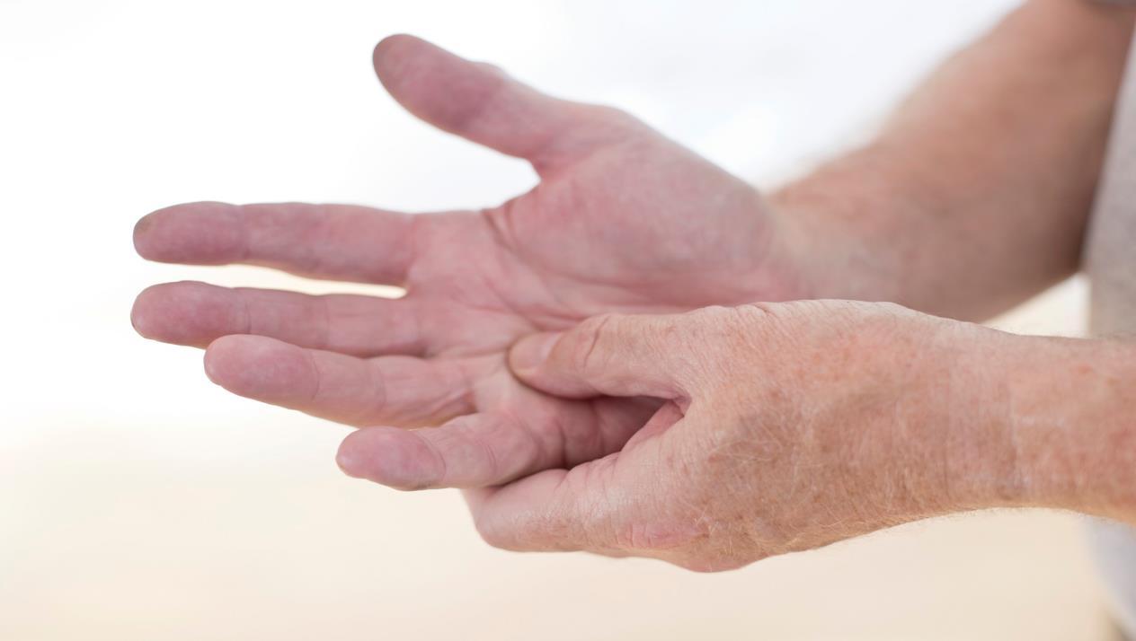 صورة اسباب الم اطراف اصابع اليد , وجع الصوابع وسنينه