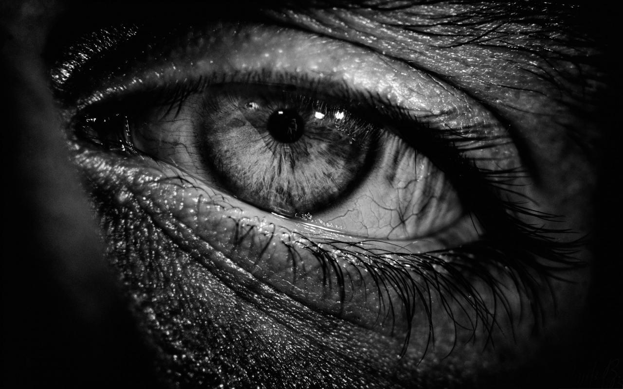 صورة صور عيون ابيض واسود , احلى عيون دى ولا ايه