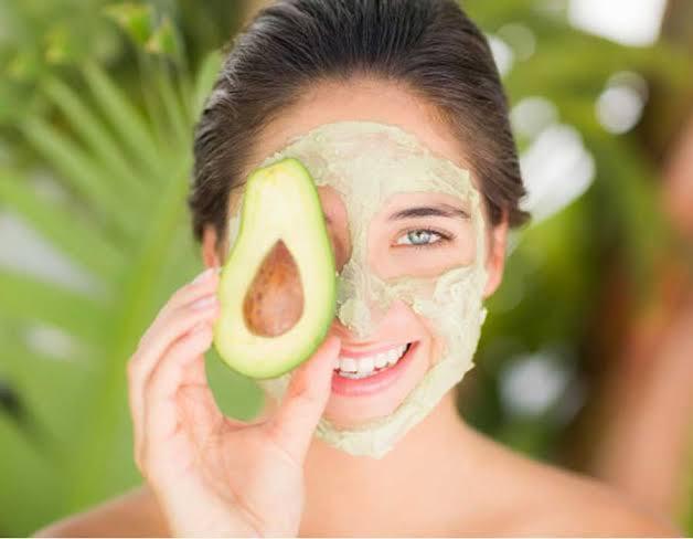 صورة فوائد الافوكادو للوجه , اهمية فاكهة الافوكادو للبشره و الشعر