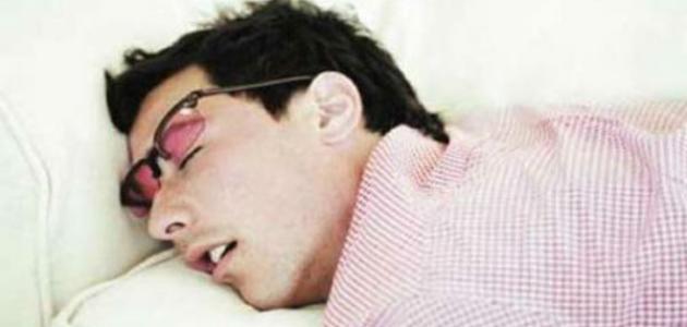 صورة اعراض كثرة النوم , كيف اعرف اني انام كثيرا ؟