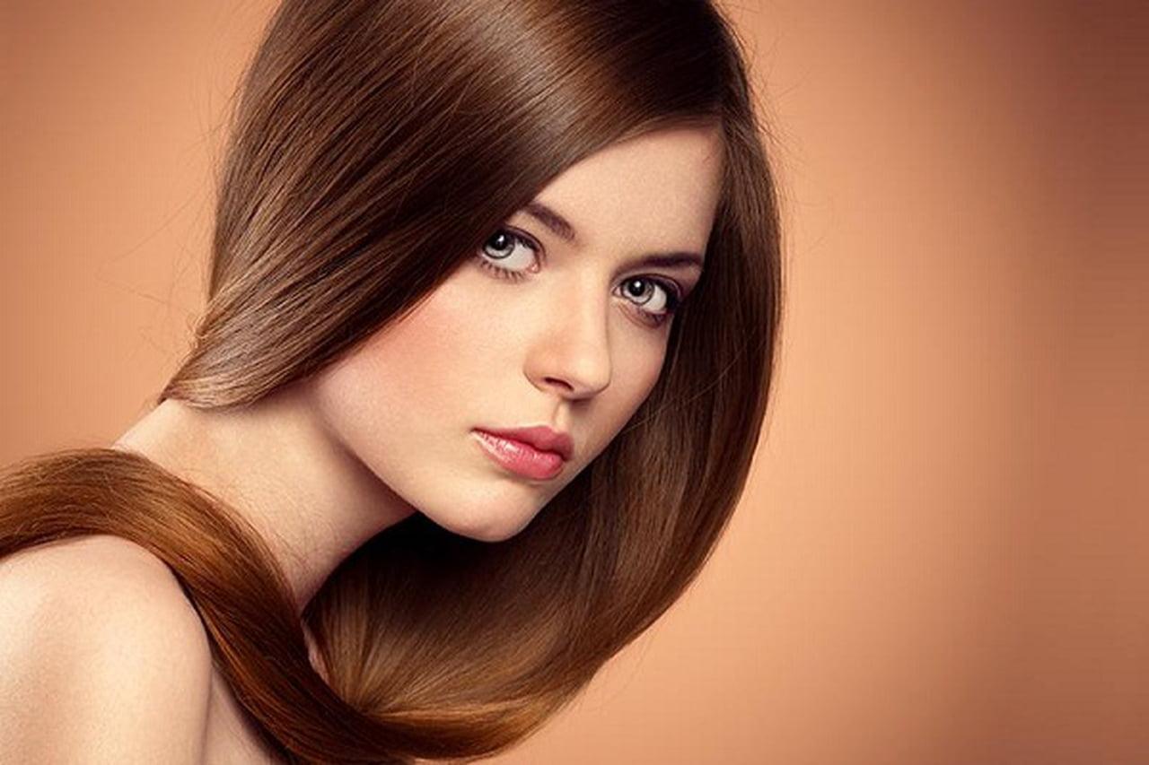 صورة غسل الشعر بدون شامبو , هل الشامبو مفيد للشعر