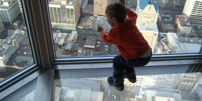 صورة تفسير سقوط الابن من مكان مرتفع, حلم ابنك بيقع تفسيره ايه